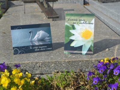 Plaques funéraires en ligne