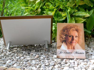 support plaque funéraire